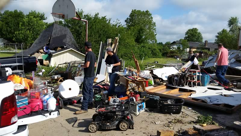 Zeeco Employees Helping Tornado Victims